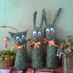Zajíci | Výrobky z výtvarné dílny | Výrobky ze sena